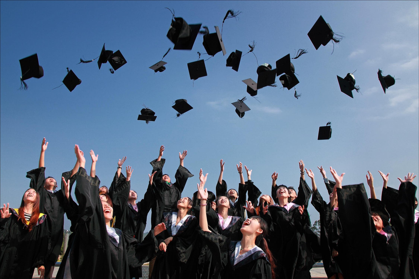 8 Ways to Prepare NOW for Life after College